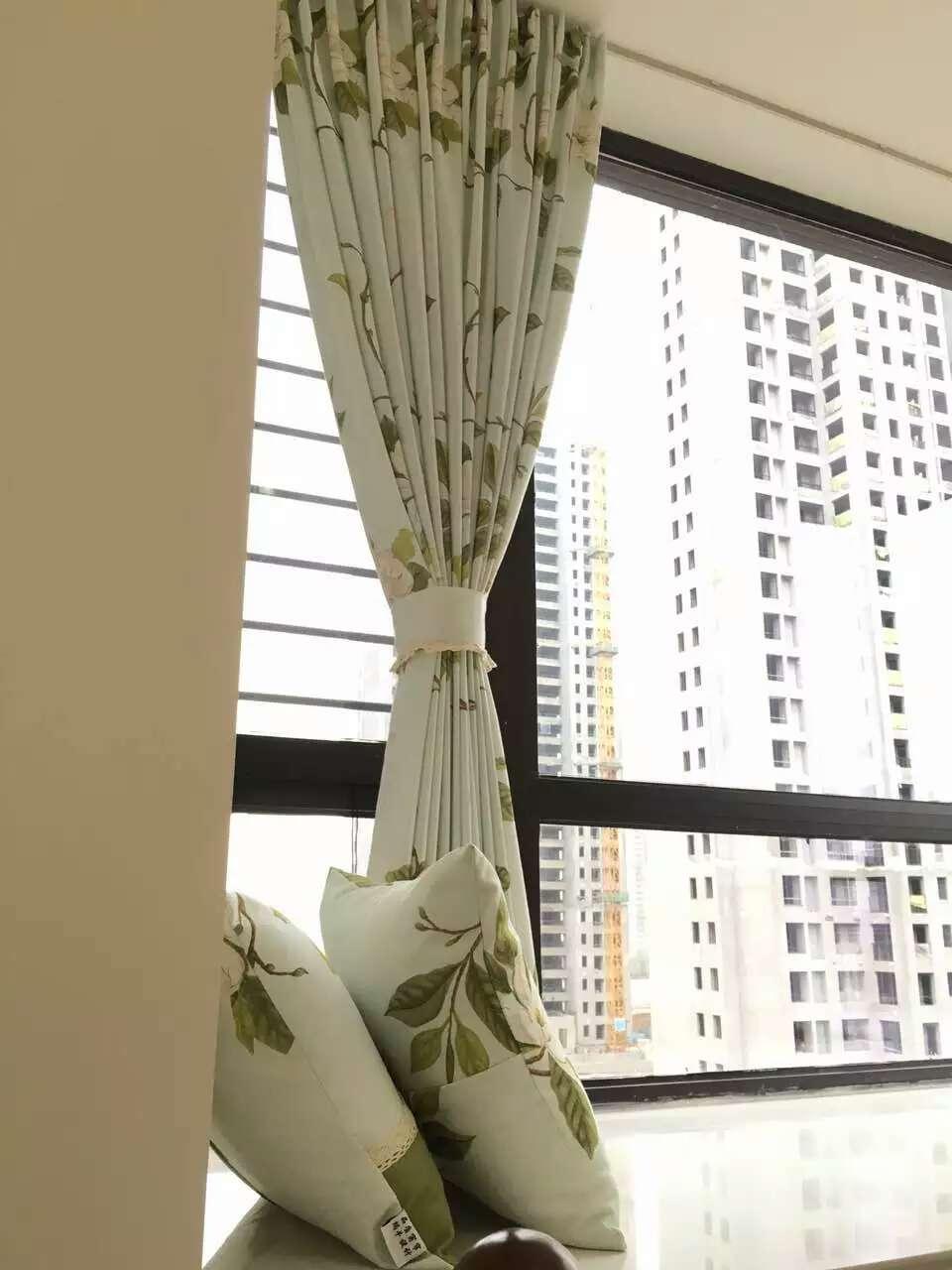 侨香村窗帘定做 遮光隔音窗帘安装